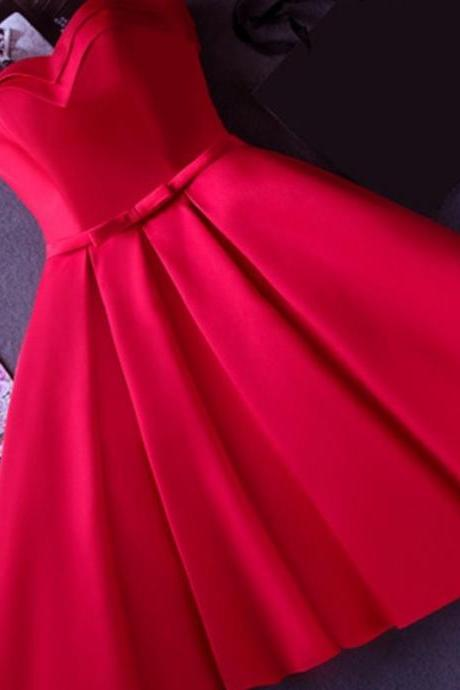 Strapless Red Knee-length Short Ribbon Prom Dress,Satin Sleeveless Lace-up Homecoming Dress,Short/Mini Cocktail Dress,Homecoming Dress,HI768