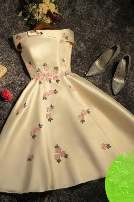 A-line Homecoming Dresses,Appliques Homecoming Dresses,Short /Mini Prom Dresses,Party Gowns,Sweet 16 Cocktail Dress,Homecoming Dress,GU567